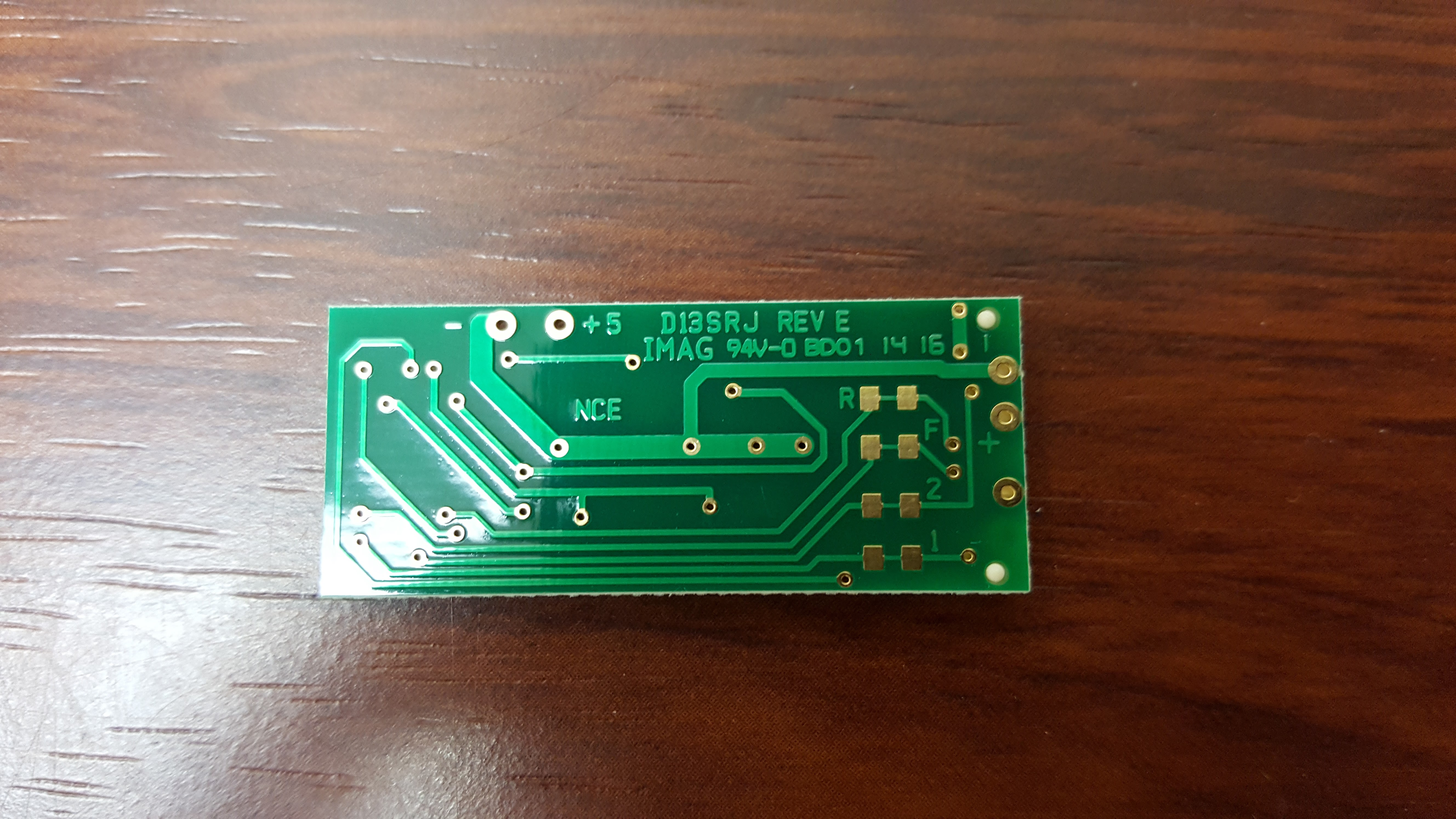 D13srj Retired Welcome To The Nce Information Station Dcc Track Wiring Signal Light Newer Version Rev E Of Has Solder Pads On Rear Decoder For Smd 805 Resistors Four Function Outputs See Below